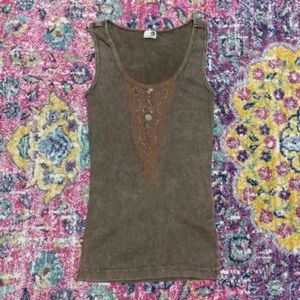One World Brown Distressed Lace Front Tank Medium